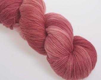 Hand Dyed Yarn 'Garnet' -  Hand dyed Merino Superwash Yarn, Wool Yarn 4 ply    100g