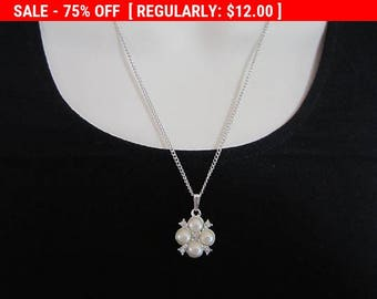 SALE Sarah Cov bead flower pendant necklace, estate jewelry, vintage necklace, gift for her
