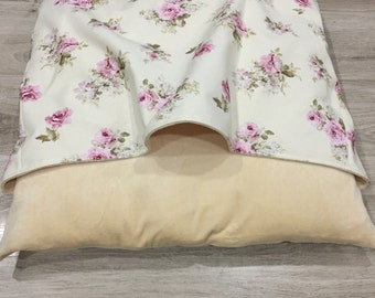 Snuggle bed for cat or dog / Italian greyhound / bed with blanket