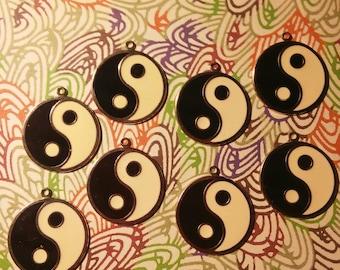 8 Silverplated Yin Yang Charms