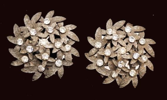 Grey Metal Flower earrings - stamped gun metal - Clip on earrings - Rhinestone - large floral earring