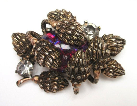 Celtic Thistles   Brooch - Embedded Purple red Art Glass - Brass gold pin