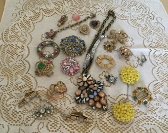 Vintage Lot of Crafting Jewelry-Missing Stones-Brooches/Necklace/Pins Assortment