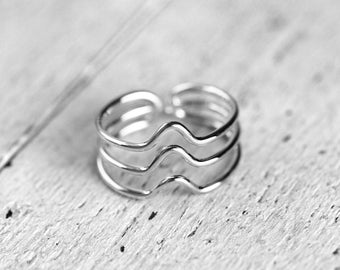 TRIPLE CURVED MIKA Ring | silver