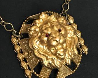 Cersei Queen Lannister Game Thrones Necklace