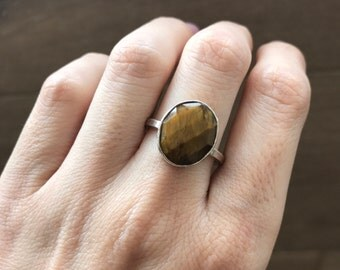 Oval Tiger Eye Ring- Silver Tiger Eye Ring- Faceted Brown Gemstone Ring- Bezel Statement Ring- Solitaire Brown Stone Ring