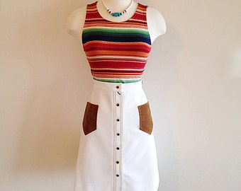 Vintage A-line 1970s White Mini Skirt with Faux Suede Pockets