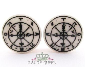 "Tarot Plugs / Gauges Wheel of Fortune. 4g/5mm, 2g/6.5mm, 0g/8mm, 00g/10mm, 1/2""/12.5mm, 9/16""/14mm, 5/8""/16mm, 3/4""/19mm, 7/8""/22mm, 1""/25mm"