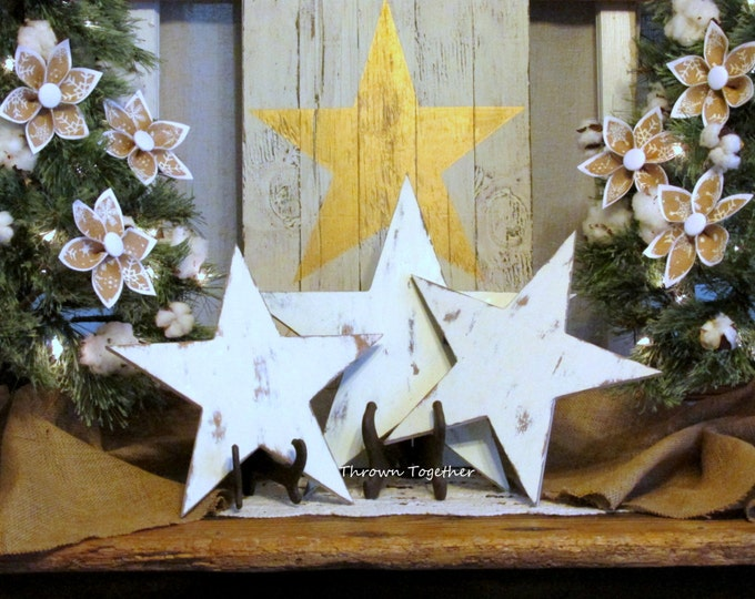 Wood Stars, Rustic Star, Off White Distressed Wood Stars, Set of 3 Stars, Farmhouse Christmas Decoration, Shabby Wood Star, Christmas Mantle