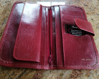 Vintage red leather wallet purse, with card pockets, mens gift.