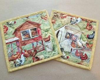 Chickens Quilted Potholders, Set of 2, Country, Farmhouse, Insulated Trivets, Hot Pads, Country Kitchen Decor, Chooks, Chicken Themed Gifts