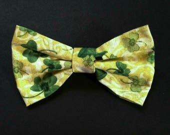 Green Clover Bow