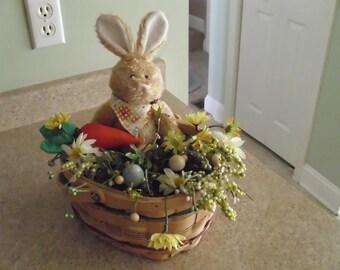 easter bunnie centerpiece