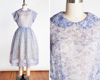 Sweet 1950s Lavender and Lime Geometric Parasol Novelty Print Sheer Organza Day Dress // Summer