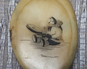 Was 179.00!  Antique Signed Alaska Native Eskimo IVORY Colored Elk Bone Scrimshaw Pendant