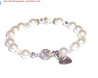 SALE - 25% Off Original Price Swarovski Pearl and Crystal Bracelet
