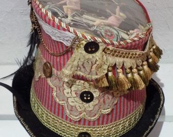 Promenade au Cirque Cylinder Hat