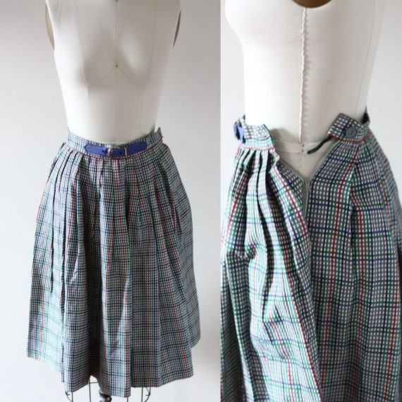 1950s circle skirt // plaid circle skirt // vintage skirt