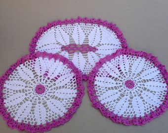 Magenta And White Dressing Table Set  ,Pink And White Doilies , Vintage Handmade Crochet, Hexagonal Table Center