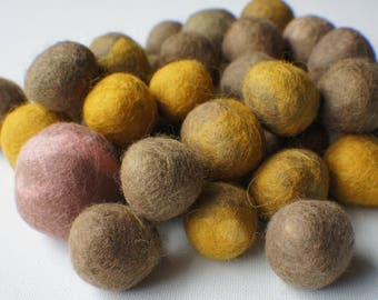 Felt Beads, Extra large Beads, Brown shades beads Beads, Felt Balls Felt Beads Felted Balls Wool Beads, Roun