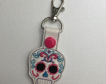Sugar Skull Key Chain - Sugar Skull Snap Tab - Sugar Skull Zipper Pull - Sugar Skull Backpack Charm - Dia de los Muertos