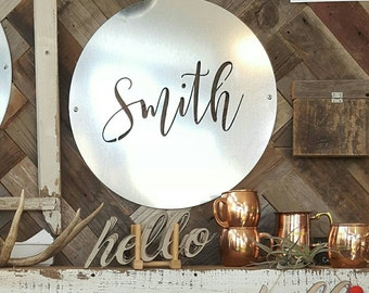 "20"" family name sign personalization, up to 9 letters"