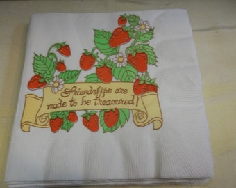 Vintage Strawberry Luncheon Paper Napkins, 317S