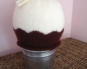 Christmas pudding hand-knitted hat - sizes 0-6 up to adult
