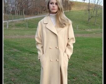 CLEARANCE 1960's vintage  cream  wool coat,  wool coat, cream wool, winter coat, mad men, ILGWU label, double breasted coat, size Large