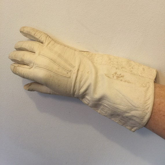 Vintage leather gauntlets cream gloves motorcycle 6.5 winter 1930s 1940s motorcycle riding ladies WW2 uniform short fingers