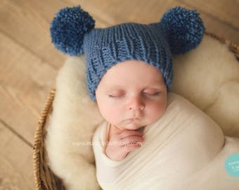 Baby boy hat blue pompom - 3 6 9 months - denim blue pom pom hat - photo prop shoot - hand knitted babyshower gift - vegan autumn fall