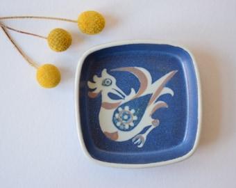 Royal Copenhagen - blue tray / dish with birds - 708/2882 - Nils Thorsson - 70s - Danish mid century pottery