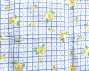 Vintage Cotton Quilting-Weight Fabric ....  Two-Tone Blue and White  Grid with Yellow Flowers