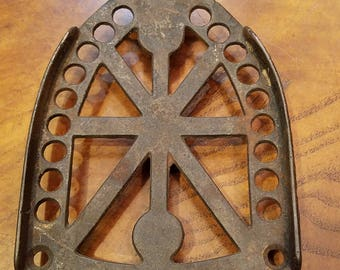 Jas Smart Mfg Co Cast Iron Trivet