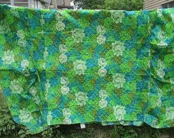 Full Double Bedspread Quilted Teal Chartreuse Roses Vintage