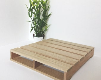 Dollhouse Standard Pallet Bed