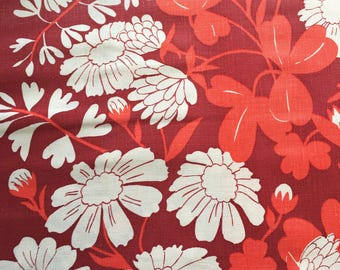 Vintage fabric piece, retro fabric scrap, patchwork supplies, quilting textile, red and white bold floral pattern. 70s fabric scraps