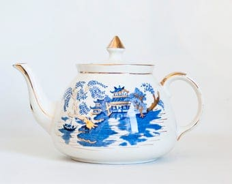 Vintage Gibsons Asian Print Teapot, Cobalt Blue and Gold  Made in England