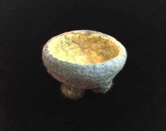 Standing Felted Bowl with Feet