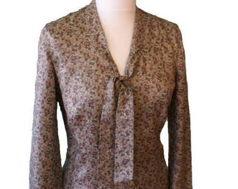 Lovely Floral Elegant Blouse 100% Silk Bow Tied at neck, white buttons, girly style, office blouse