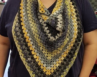 Granny Cowl (pattern only)