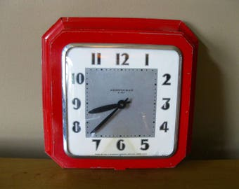 Mid Century Ingraham wall clock -Aristocrat 8 day- Red Metal Clock- Art Deco Style- Kitchen Clock- Fix key wind- Vintage Clock-  1940's