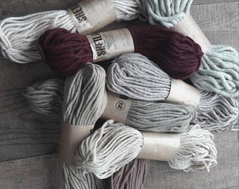 Thick ecru wool