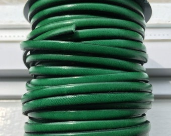 """PER 40"""" Green Flat 5mm Leather Cord, 1 Meter listing"""