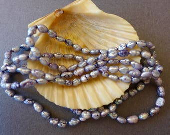 Vintage Blue Fresh Water Pearl Strung Necklace / Fresh Water Pearls