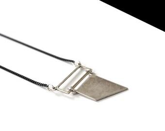 Necklace silver strap mini.