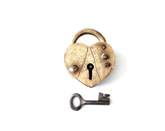 Vintage Heart Lock and Key . heart padlock wedding LOVE LOCK . anniversary gifts for men
