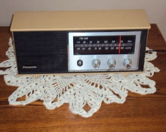 "1970s Tan/Yellow Panasonic Am-Fm Radio/ Working Condition Radio/ Mid Century Panasonic Radio/ Desk Radio/ 11.5 X 5 X 3.5""/ 70s Radio"