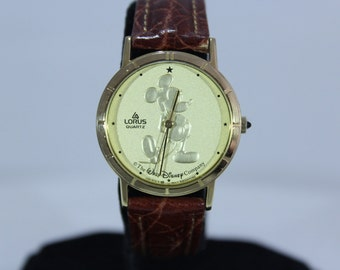 Vintage Mickey Mouse Walt Disney Company Lorus by Seiko Gold Tone Coin Watch