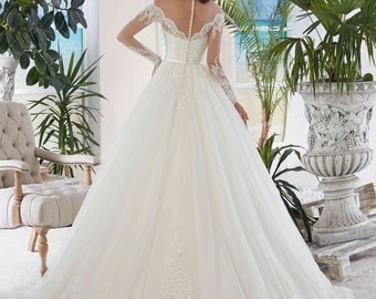 Princess Lace Wedding Dress - Adelaide Wedding Stunning Lace Dress - Long Sleeves Dress with Train - Elegant Wedding Dress - Robe de Mariée